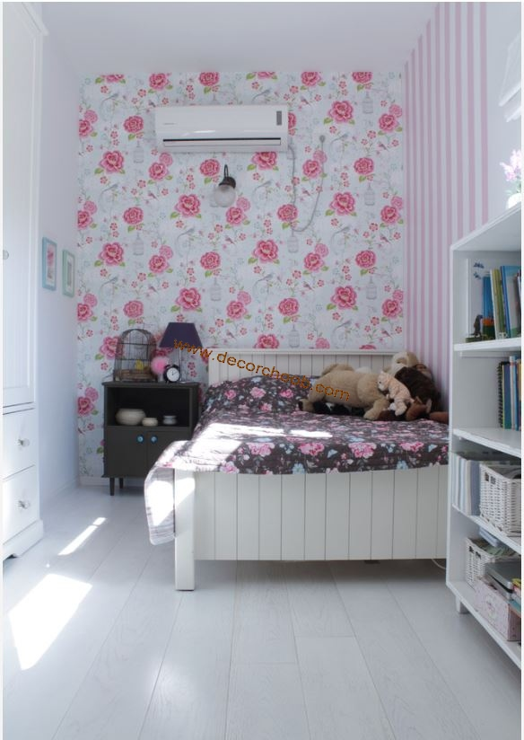 کاغذ دیواری گلدار اتاق خواب