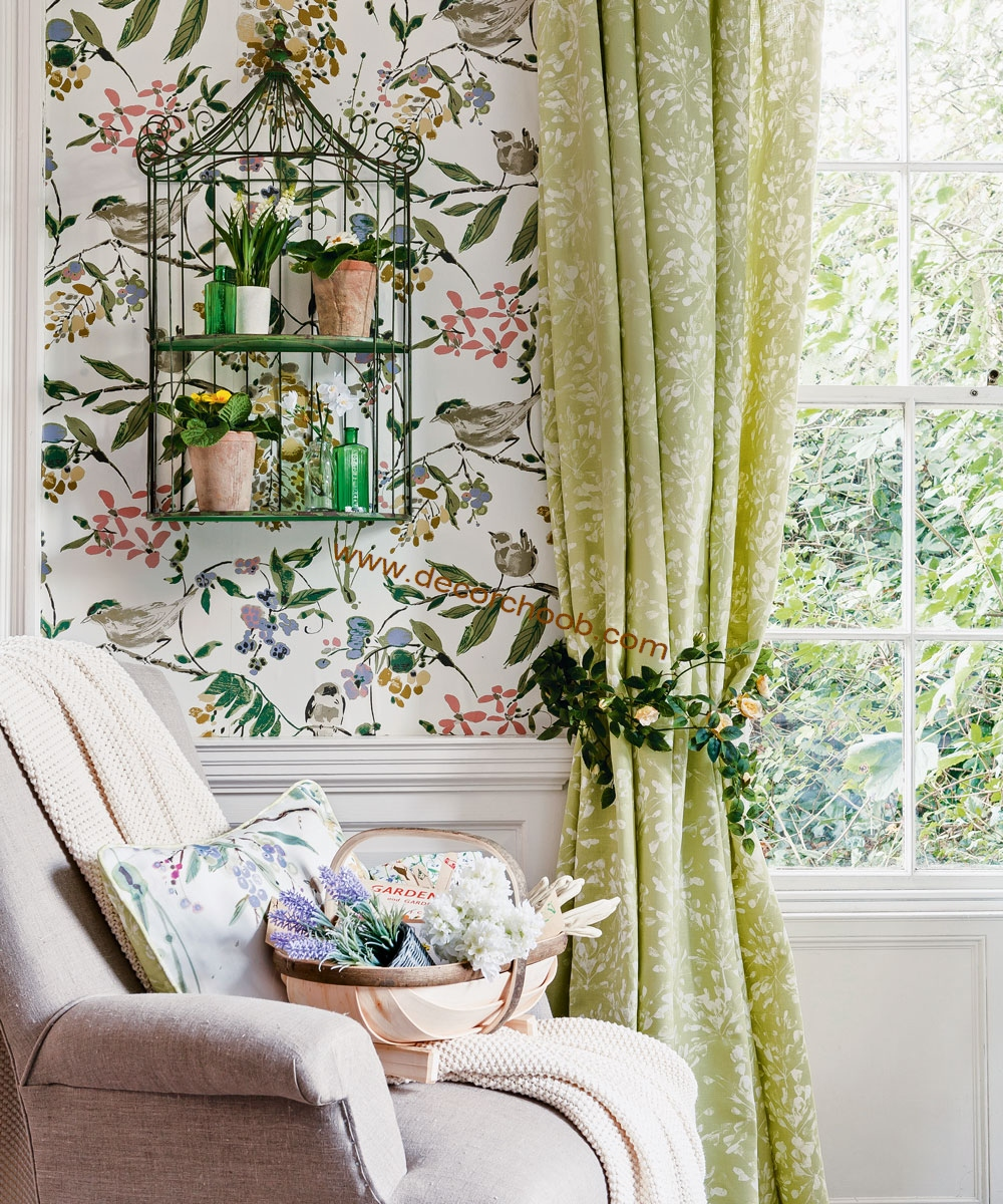 کاغذ دیواری گلدار اتاق نشیمن